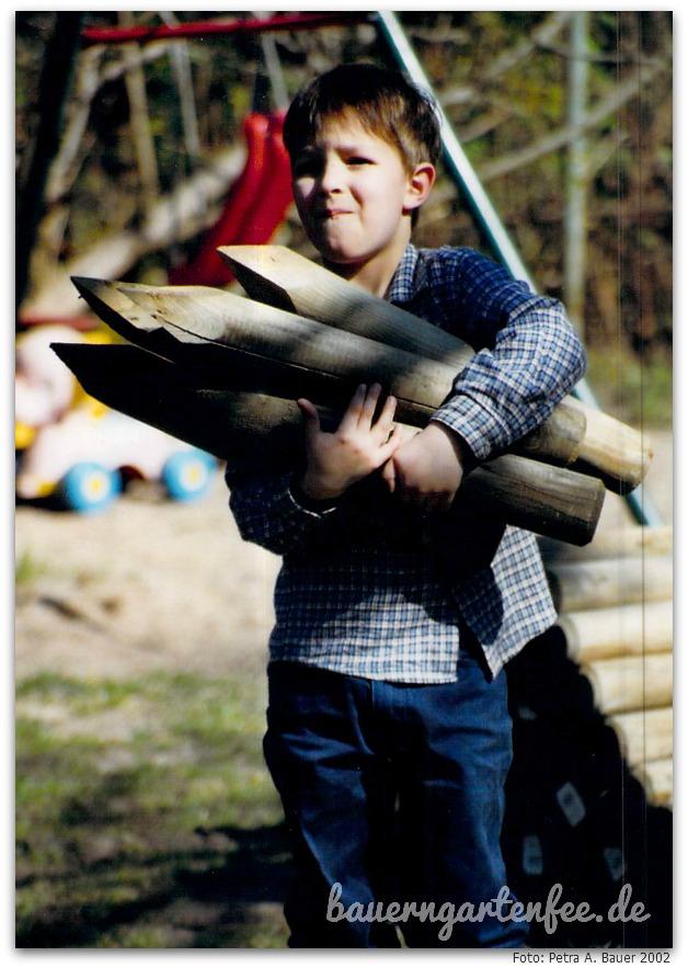 Kind 3 hilft - 2002