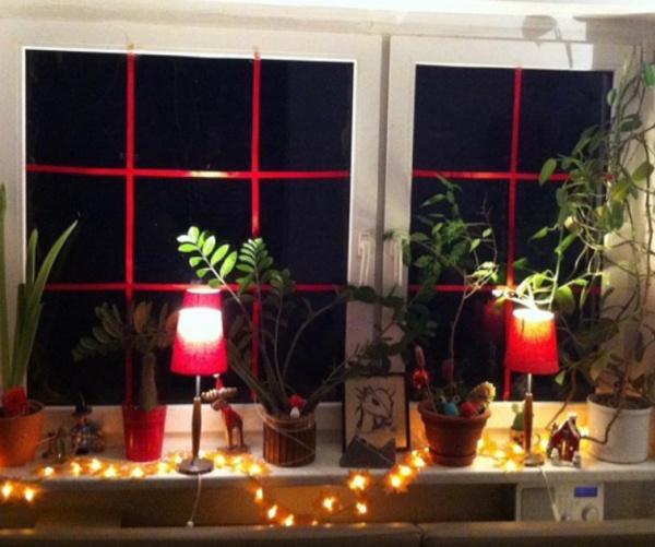 Dasselbe Wohnzimmerfenster im Advent 2014