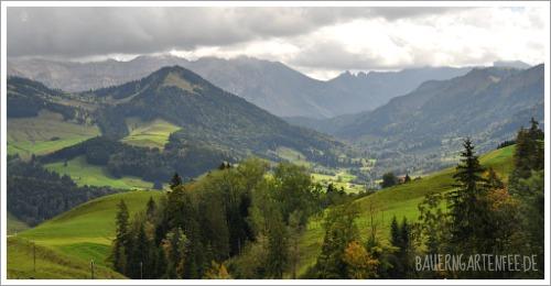 Appenzeller Land. Im Hintergrund der Säntis. Foto: Petra A. Bauer