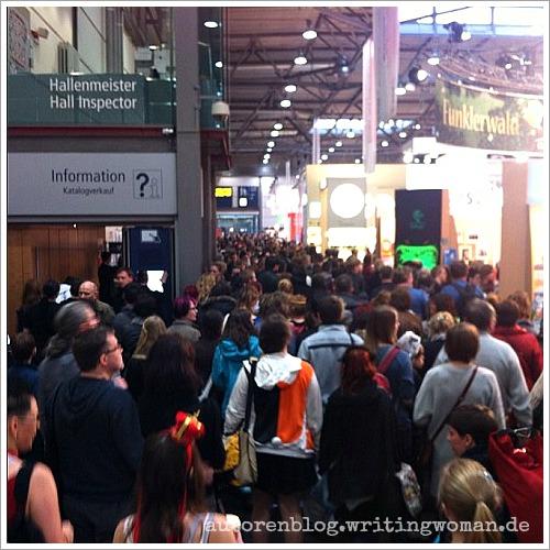 Übervolle Leipziger Buchmesse 2015. Foto: Petra A. Bauer