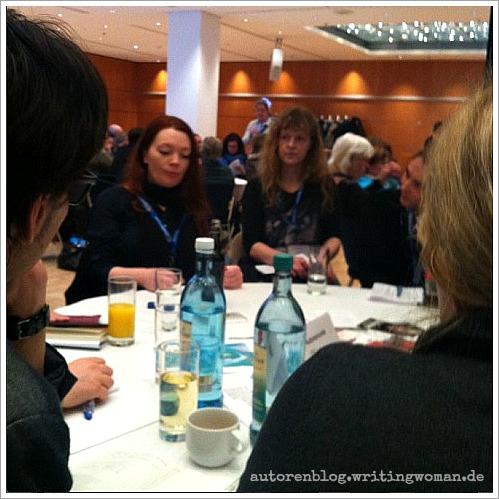 Zoe Beck über die Position von Autoren innerhalb ihres Verlags. Foto: Petra A. Bauer 2015
